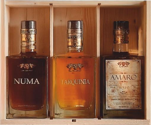 scatola con Grappa _ NUMA _ Amaro Tarquinia per sito web _